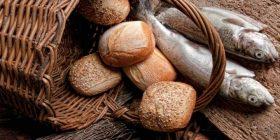 Simples como el pan, humanas como el hambre