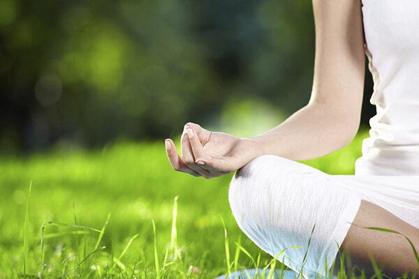 Meditación y acción social