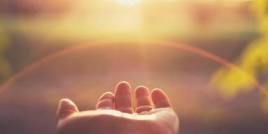 Entrega divina, entrega humana